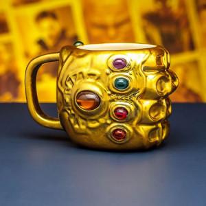 Avengers Infinity War - Thanosova ruka