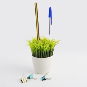 Držiak na perá kvetináč