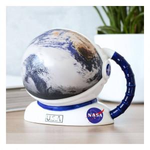 NASA - teplocitlivý hrnek - helma astronauta